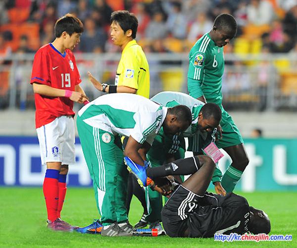 한국 수원컵축구- 한국 나이지리아에 0-1 패배      한국 수원컵축구- 한국 나이지리아에 0-1 패배